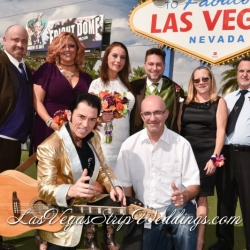 DSC_Welcome to Vegas Sign Wedding Packages